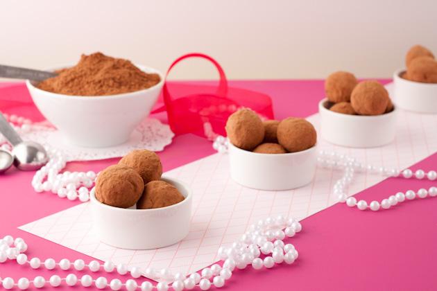 Sugar-Free Cacao Truffles2